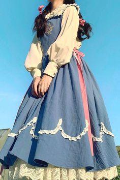 Pretty Outfits, Pretty Dresses, Beautiful Dresses, Kawaii Fashion, Cute Fashion, Old Fashion Dresses, Fashion Outfits, Fashion Skirts, Vintage Dresses
