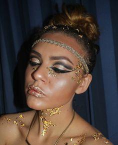 Never done anything like this before so I was really excited  to try this!  #motd#makeupoftheday#makeupartist#mua#instamakeupartist#instamua#makeup#makeupaddict#makeupobsessed#makeupjunkie#makeupgeek#makeupslave#slave2beauty#wakeupandmakeup#dressyourface#thebabeface#undiscovered_muas#makeupartistsworldwide#gold#goldleafmakeup#goldmakeup#goldengoddessmakeup#goldengoddess#eyeshadow#anastasiabeverlyhills#abhilluminator#vegas_nay#brian_champagne#hudabeauty Foundation @maccosmetics in NC30…