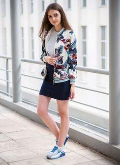 マーブルジャケットはスニーカーコーデ。マーブルコーデの参考にしたいスタイル・ファッションアイデア♪マーブルまとめ・コレクション♡
