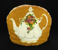 Royal Albert Old Country Roses Tea Cosy