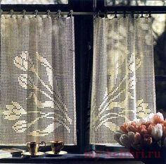 Needle-Works Butterfly: Filet Crochet Curtains - This site offers a chart for each design without instructions. Crochet Curtain Pattern, Crochet Curtains, Curtain Patterns, Easy Crochet Patterns, Drapes Curtains, Crochet Doilies, Crochet Lace, Free Crochet, Knitting Patterns