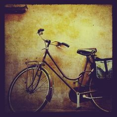 In honor of National Bike Month, we bring you a photo collection of great bicycles and cool cyclists from around the world. National Bike Month, Wind In My Hair, Bicycle Race, Cycling Art, Vintage Bicycles, My Ride, Photo Art, Art Photography, At Least