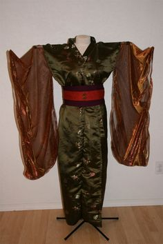 Mia - Steampunk Kimono by DragonStitcher on Etsy, $150.00