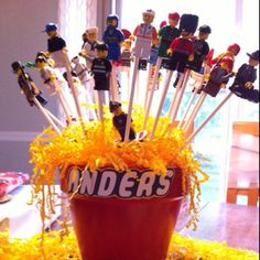 Lego minifigure bouquet for Anders 9th birthday ;)  WhimWed.com