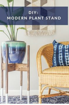 Mid-Century Modern Plant Stand with Wood Dip-Dyed Legs DIY mid century modern plant stand with wood dip-dye legs.DIY mid century modern plant stand with wood dip-dye legs. Plant Stand, Affordable Furniture, Diy Furniture, Mid Century Modern Plant Stand, Modern Plant Stand, Home Decor, Diy Plant Stand, Indoor Decor, Diy Home Decor Projects