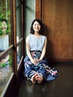 写真・図版 Beautiful Japanese Girl, Japanese Beauty, Beautiful Asian Women, Asian Beauty, Barefoot Girls, Cute Rompers, Japan Girl, Cute Asian Girls, Sexy Feet