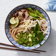 Traditional Vietnamese beef pho involves simmering whole herbs and aromatics for hours to achieve a rich, clear broth with a deep flavor; this shortcut version simmers ground spices for just 15 minutes, yet still achieves a savory, rich broth. Heart Healthy Recipes, Healthy Soup, Diabetic Living Magazine, Pho Recipe, Recipe Directions, No Calorie Foods, Ground Beef Recipes, Original Recipe, Soups And Stews