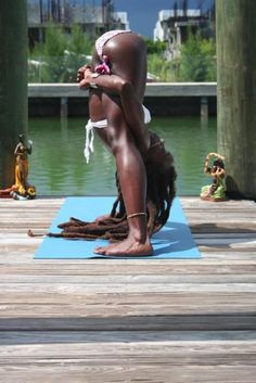 Ashtanga Yoga the Yoga of Eight Limbs - Yoga breathing Body Inspiration, Fitness Inspiration, Pilates, Kemetic Yoga, Fit Black Women, Fit Women, Black Fitness, Black Yoga, Tai Chi