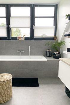 Bathroom Inspiration, Corner Bathtub, Toilet, Sweet Home, Random, Heart, Full Bath, Bathing, Deco