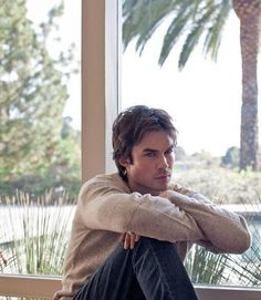 It's hard to believe that Ian Somerhalder is almost but some people just keep getting sexier with age! The Vampire Diaries star will turn another year older on Saturday, December The Vampire Diaries, Damon Salvatore Vampire Diaries, Ian Somerhalder Vampire Diaries, Vampire Diaries Wallpaper, Vampire Diaries The Originals, Nikki Reed, Ian Somerholder, Don Juan, Actrices Hollywood
