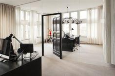Uxus HQ by Uxus DesignIn Amsterdam, The Netherlands, design consultants Uxus Design designed their new headquarters. Office Interior Design, Office Interiors, Interior Design Inspiration, Desk Layout, Cool Office Space, Minimalist Office, Cool Walls, Retail Design, Interior Architecture