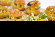 Choux apéritifs thon, fromage, salade et haricots mungo Healthy Recipes, Healthy Food, Shrimp, Meat, Mung Bean, Beans Recipes, Salad, Kitchens, Cheese