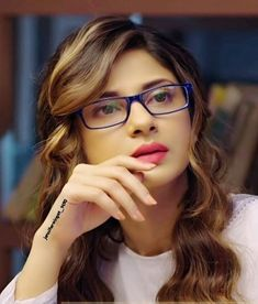 Tips For Taking Digital Photography Beautiful Indian Actress, Beautiful Actresses, Jennifer Winget Beyhadh, Girl Photography Poses, Modelling Photography, Cute Girl Poses, Cute Girl Face, Jennifer Love, Stylish Girl Pic