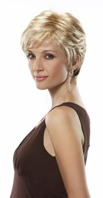 timeless and classic pixie cut look
