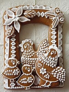 """PERNÍKY VELIKONOCE, as best I can tell it translates to """"Easter Spice"""" in Czech. Click through to see MANY more gorgeous cookies! Heck with the cookies! Fancy Cookies, Iced Cookies, Cute Cookies, Easter Cookies, Christmas Gingerbread, Gingerbread Cookies, Christmas Cookies, Gingerbread Houses, Galletas Cookies"""