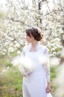 © Edison Photography / #wedding ideas #white