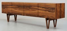 Great looking console, could be part of a very chic mix. (Ib Kofod Larsen for Säffle Möbelfabrik, 1958-59)