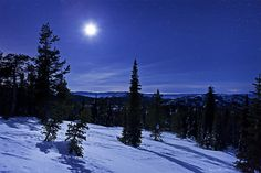Moonset from Pilot Peak Photo by Dylan MacMaster