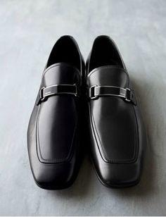Mens PRADA Logo Dress Loafers, sooo stylish!!