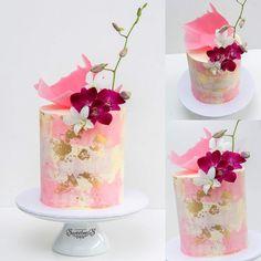 easy mug cake Bolo Floral, Floral Cake, Beautiful Wedding Cakes, Gorgeous Cakes, Cupcakes, Cupcake Cakes, Easy Mug Cake, Watercolor Cake, Gateaux Cake