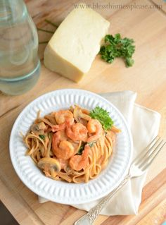 Linguine Rosa with Shrimp | 30 minutes to delicious healthy and tasty www.blessthismessplease.com