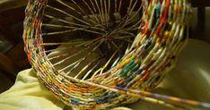 Blog o rękodziele wszelakim: wyroby z tykwy, zentangle, zendoodle i inne bazgroły, papierowa wiklina. Wicker Baskets, Zentangle, Upcycle, Flowers, Blog, Home Decor, Crown Cake, Homemade Home Decor, Upcycling
