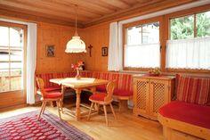 Voor de wintersport met opa en oma en kinderen in Fugen : 6 persoons appartment Outdoor Furniture Sets, Outdoor Decor, Trips, Home Decor, Viajes, Decoration Home, Room Decor, Traveling, Home Interior Design