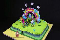 Trolls Cake - Poppy's Scrapbook - Cake by Maria's