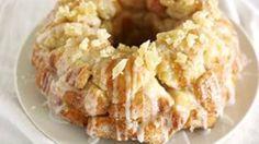 Pina Colada Monkey Bread Grand Biscuit Recipes, Pizza Monkey Bread, Bread Recipes, Cooking Recipes, Cooking Tips, Easy Recipes, Dessert Bread, Eat Dessert First, Pina Colada