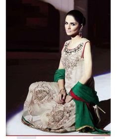 This Latest Elegant Trendy Eastern Party/Bridal Wear is a great choice when going to any party or occasion. A blend of big and small real stones. Pure chiffon. Trendy Alluring and Dazzling color contrats. Beautiful sequence.  Astonishing Patterns of work. Bprder Ribbon and patch work. Complete stitch dress.  REFERENCE: Br20140085
