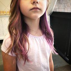 Blonde Hair With Pink Highlights, Pink Hair Streaks, Colored Highlights, Kids Hair Color, Hair Kids, Q Hair, Sassy Hair, Blonde Kids, Up Dos