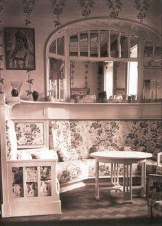 Empress Alexandra's reception room at Peterhof