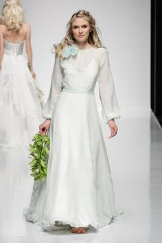 Stella - Alan Hannah wedding dresses 2016