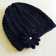 Toiveena pipo Crotchet, Knit Crochet, Beanie Hats, Beanies, Knitted Hats, Winter Hats, Knitting, Pattern, Diy
