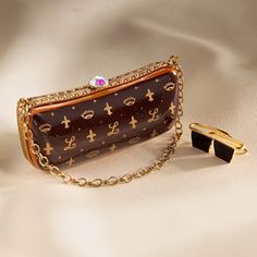 Limoges elegant brown handbag with sunglasses box