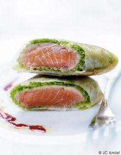 Saumon, chou vert juste blanchi et feuille de brick, mon repas ce midi, ça va être un régal !
