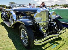 1930 Dusenberg... this one just looks mean!