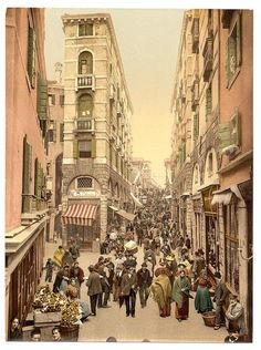 vintage everyday: Colour Photochroms of Venice in 1890s