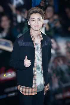 LuHan 鹿晗|| 161206 The Great Wall Movie Premiere [Cr:Logo]