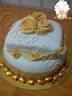 Come impilare una torta