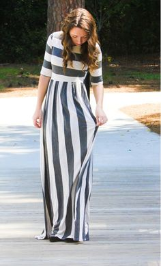 Womens pocketed striped maxi dress with 3/4 sleeves in grey and off white