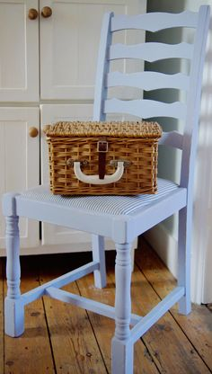 Chair painted with Louis Blue over Old White #ChalkPaint™. www.makingthebest.co.uk