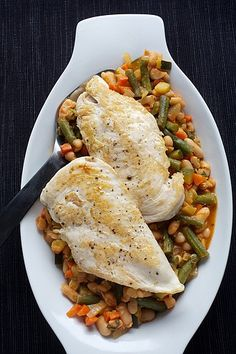 Chicken With Provencal White Bean and Vegetable Ragout