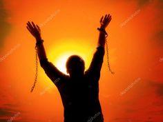 Signore Dio nostro, o Sovrano dei secoli, onnipotente e onnipossente, Tu che hai fatto tutto e che tutto trasformi con la tua volontà; Tu che a Babilonia h