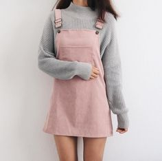 Overall Dress Outfit Gallery fall and winter outfits pale pink overall dress minimal outfit Overall Dress Outfit. Here is Overall Dress Outfit Gallery for you. Overall Dress Outfit which overall dress to wear with black over the knee boots. Teenager Outfits, Teenager Mode, Teenager Fashion, Teenager Girl, Look Fashion, Autumn Fashion, 90s Fashion, Womens Fashion, Ulzzang Fashion