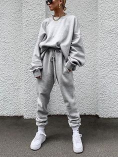 Women's Individuality Loose Pure Colour Suit – urperfitYou can find Sweatpants outfit and more on our website. Legging Outfits, Cute Sweatpants Outfit, Athleisure Outfits, Tomboy Outfits, Teenager Outfits, Mode Outfits, Fashion Outfits, Fashion Trends, Sweatpants Style
