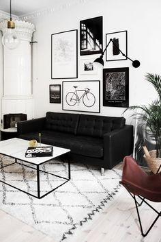 Black and White Living Room Decor. 20 Black and White Living Room Decor. Living Room White, Living Room Sofa, Living Room Interior, Apartment Living, Living Rooms, Cozy Apartment, Black And White Living Room Ideas, Interior Livingroom, White Apartment