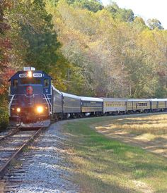 This summer–and in many cases throughout the year—there are some great train rides you can take in the U.S.