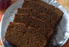 One summer, I went to the store and no honey cakes could be found. I combined a standard gingerbread cake mix with some main ingredients in honey cake - coffee and honey - and an easy, quick honey cake was born! Roshashana Recipes, Jewish Recipes, Dessert Recipes, Desserts, Israeli Recipes, Israeli Food, Stoli Doli Recipe, Bistek Recipe, Semolina Cake
