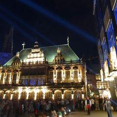 Rathaus und Bürgerschaft